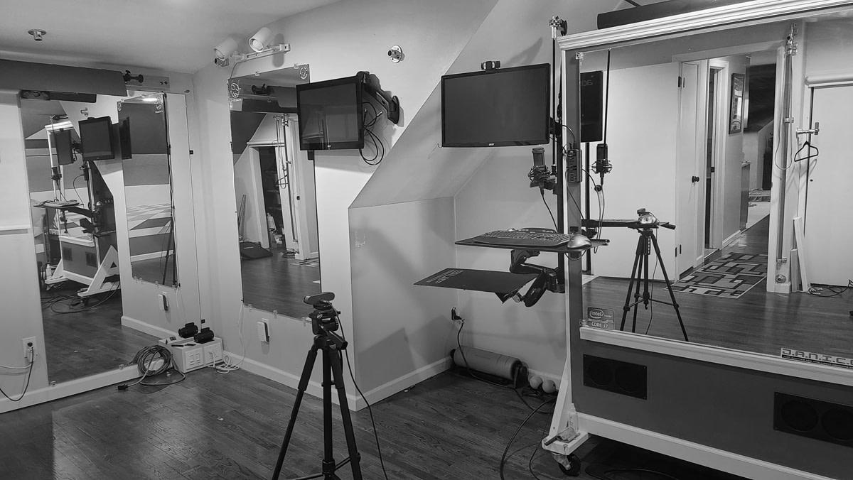 studio posing image-top